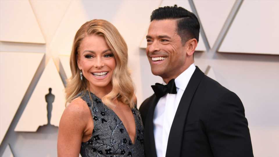 Are Kelly Ripa & Mark Consuelos Really Renewing Their Vows with a $1M Wedding?