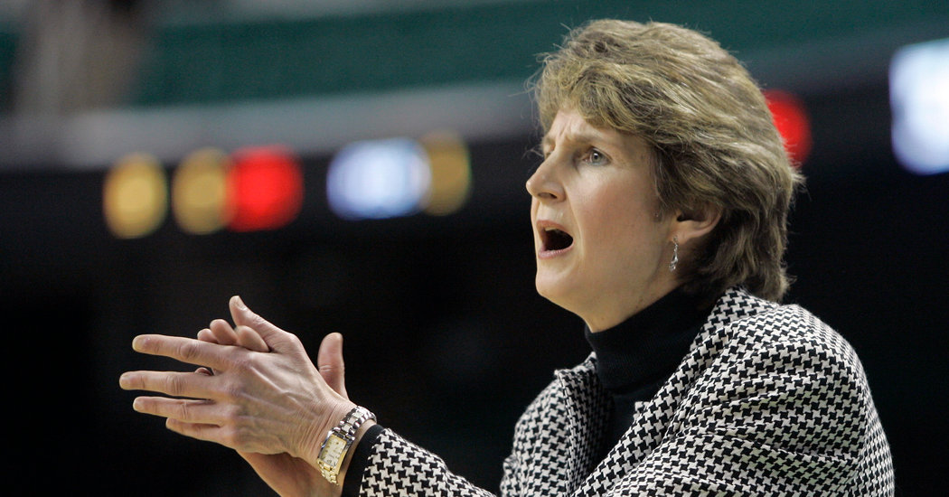 Cathy Inglese, Winning Coach in Women's Basketball, Dies at 60
