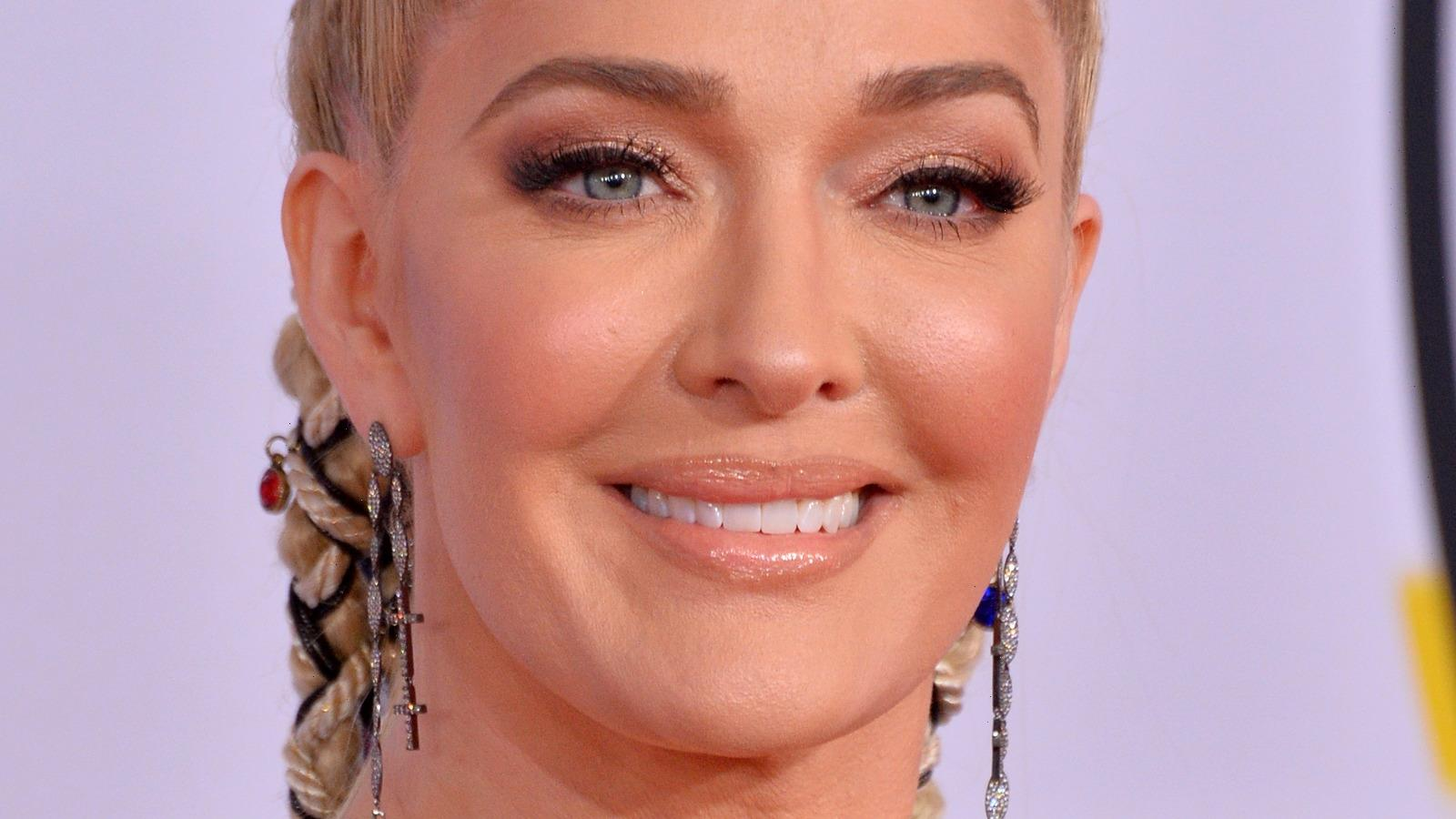Heres What Erika Jayne Looks Like Without Makeup
