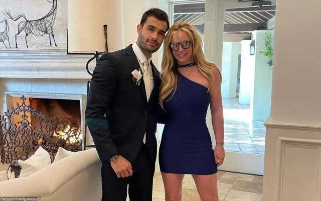 Britney Spears Boyfriend Sam Asghari Claims He Was Hacked After Posting Ring Pic on Instagram
