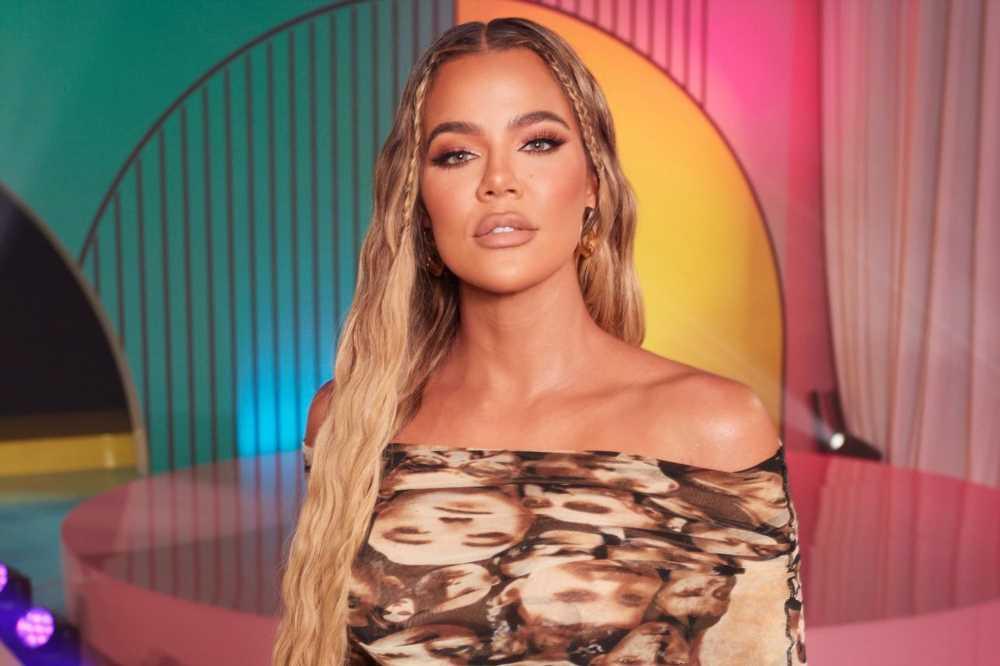 Khloé Kardashian denies rumor shes banned from Met Gala