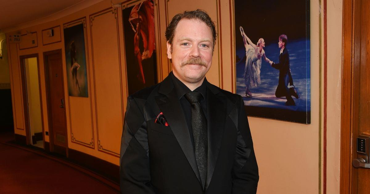 Rufus Hound in tears as fans accuse him of yellowface in Aladdin panto poster