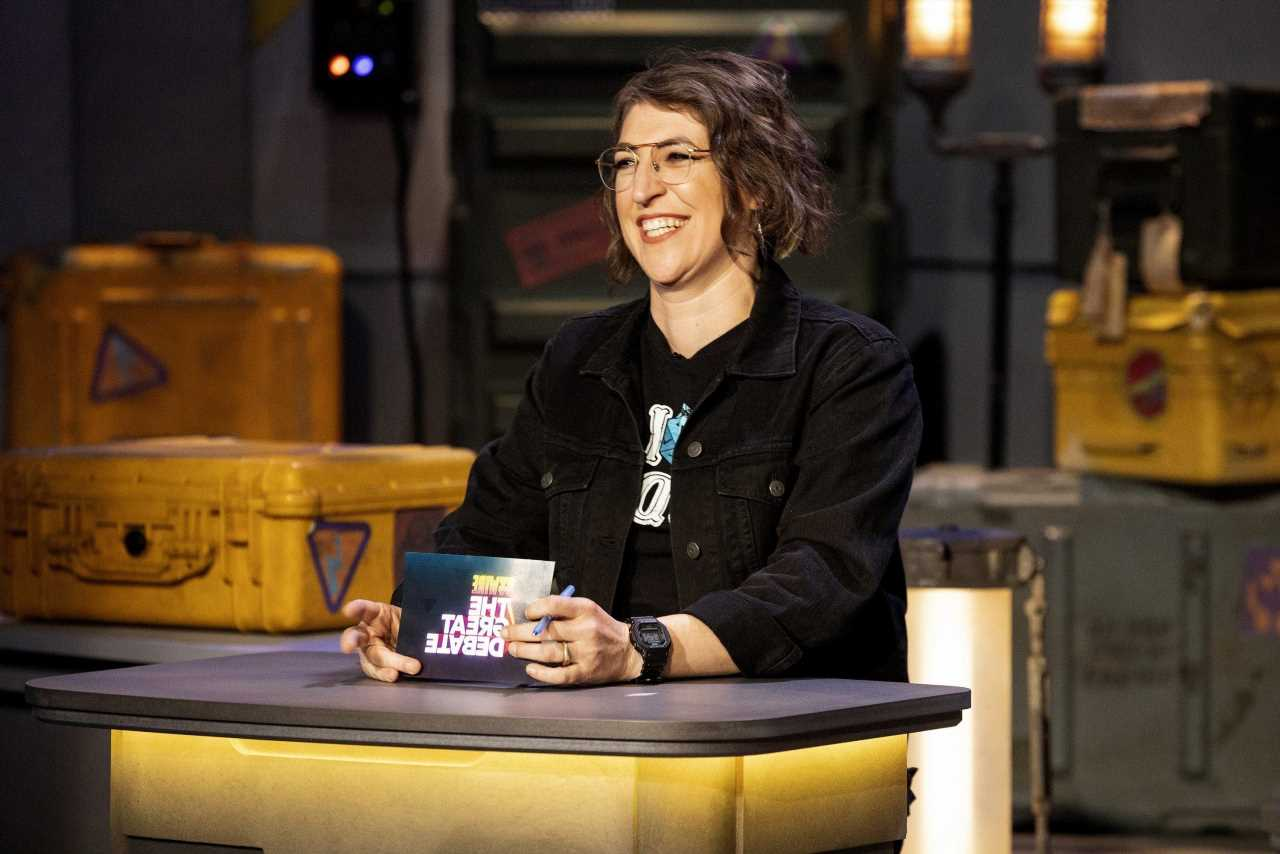 'Jeopardy!': Mayim Bialik as Host Has Reportedly Boosted the Quiz Show's Ratings