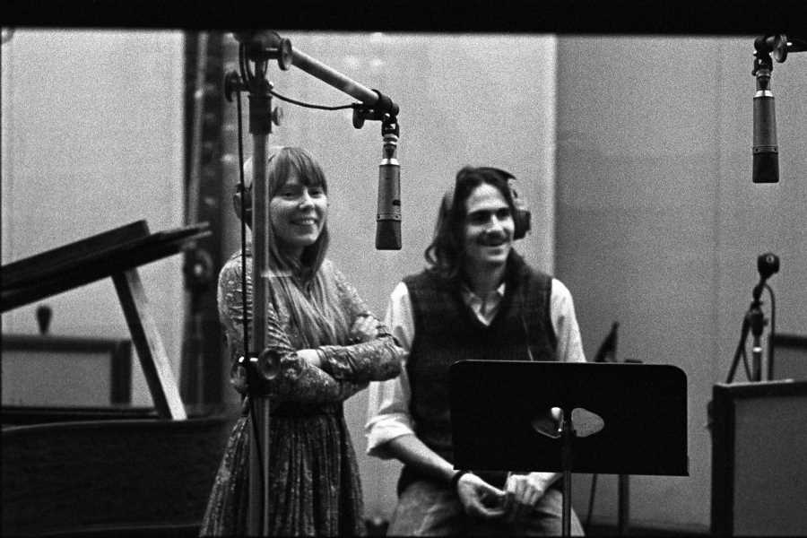 'Musically, We Were a Great Couple': Hear Joni Mitchell, James Taylor Duet on 'You Can Close Your Eyes'